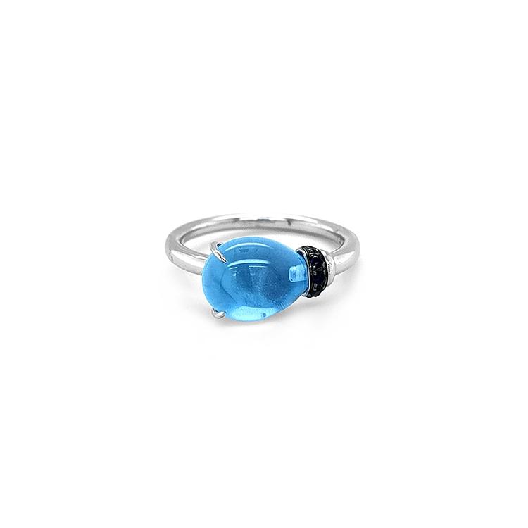 Zlatý Prsten s Modrým Topazem a Safíry