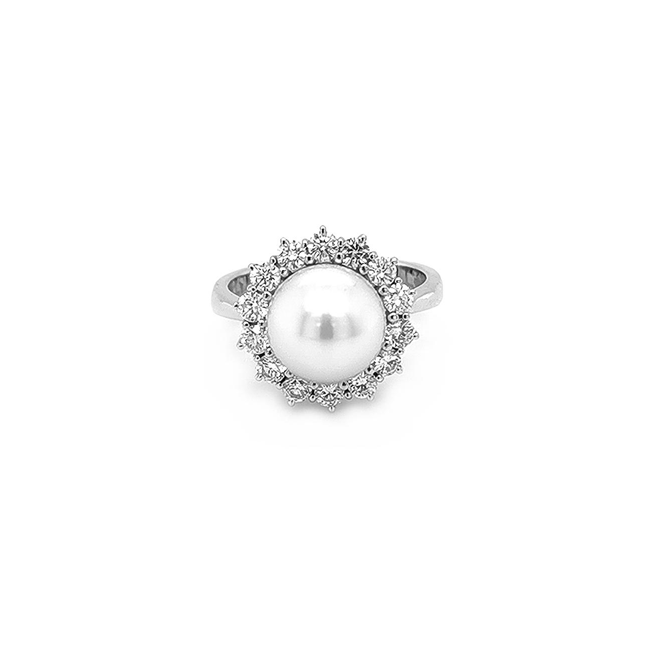 Zlatý Prsten s Přírodní Perlou a Diamanty