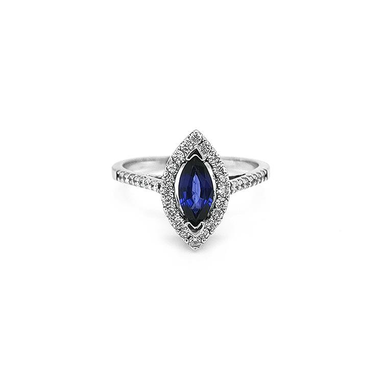Zlatý Prsten se Safítrem a Diamanty