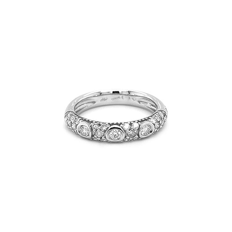 Zlatý Prsten s Diamanty