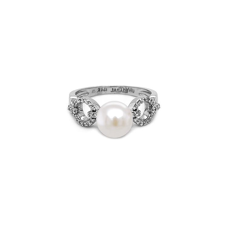 Zlatý Prsten s Přířodní Perlou a Diamanty