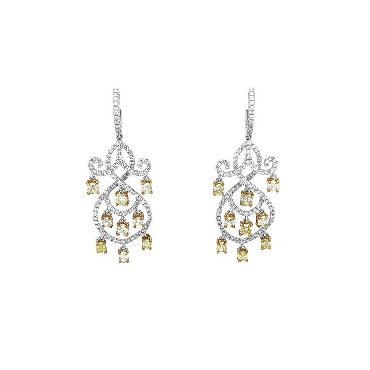 Zlaté Náušnice s Žlutými a Bílými Diamanty
